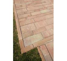 Betonový chodníkový obrubník Best Linea rohová 90 vnější 8x25x25 cm karamel